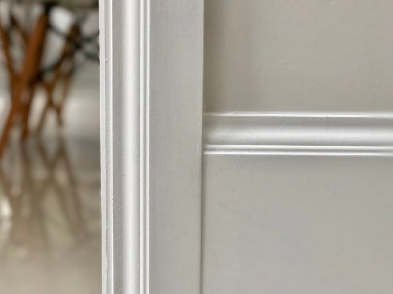 contemporary skirting and architrave