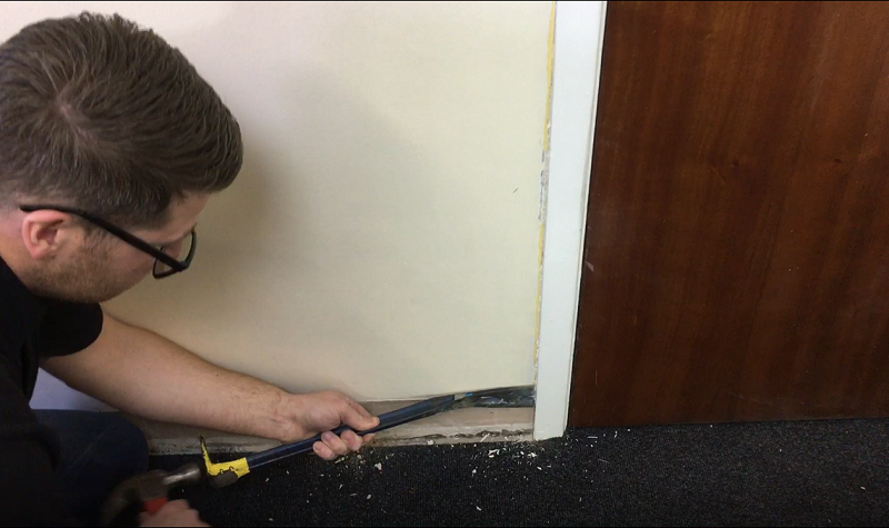 removing the architrave