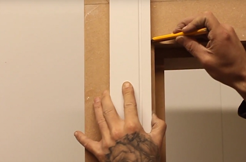 apply angle to architrave