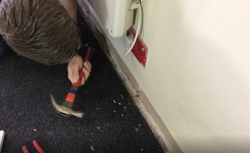 removing skirting board or architrave nails