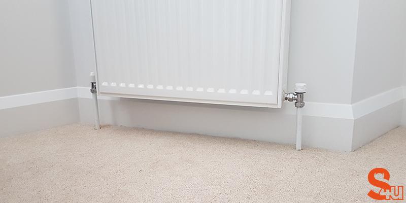 white modern skirting board