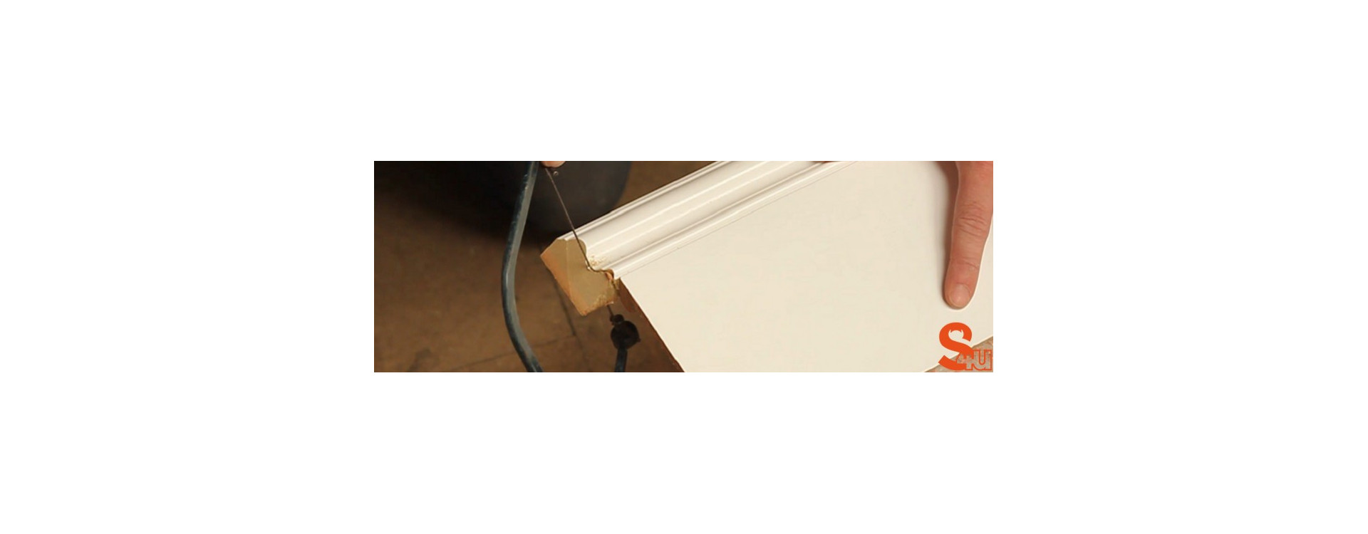 How To: Fitting Skirting over Skirting (Skirting Board Covers)