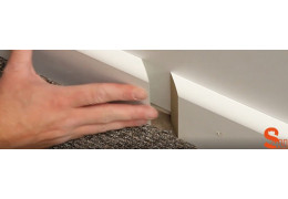 How to join two pieces of skirting board together on a flat wall